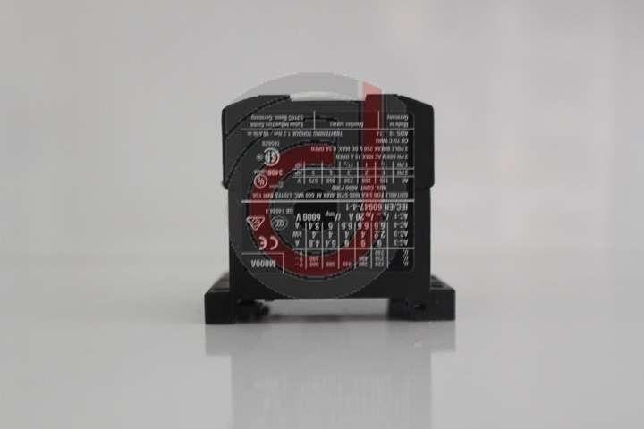 Kontaktör (DILEM-10)